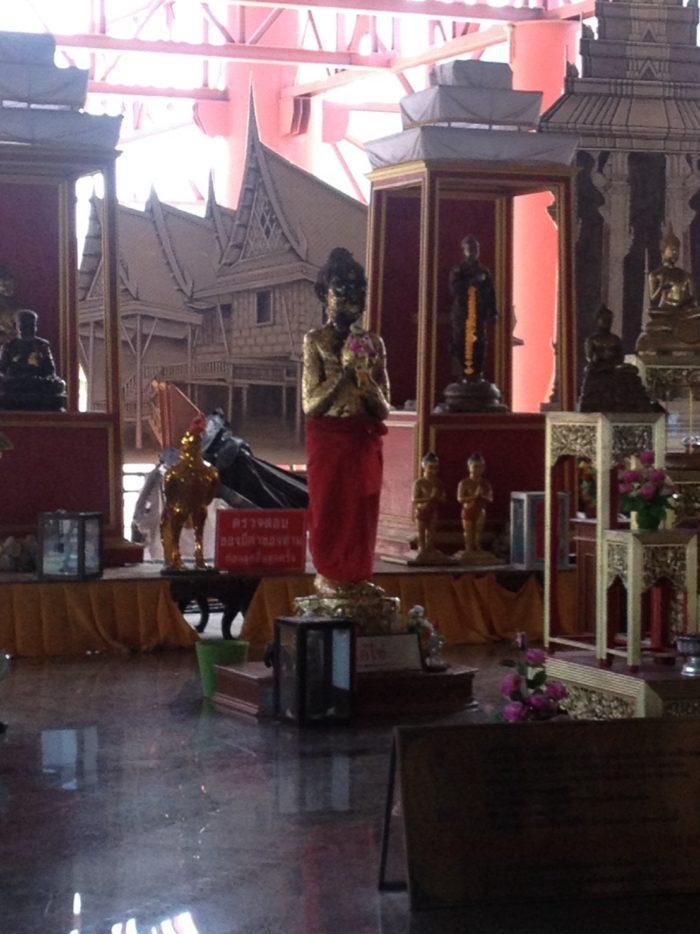 Statue of Ai Khai at Wat Chedi